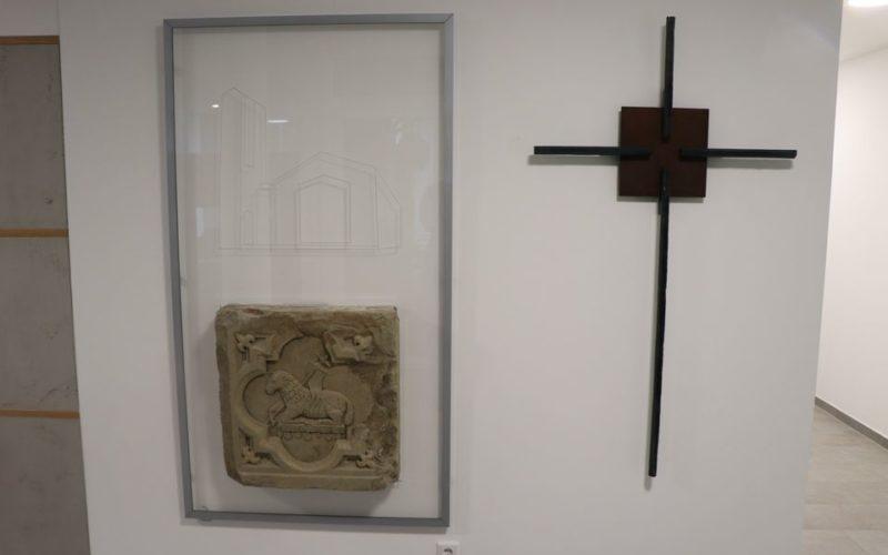 Eingangskreuz